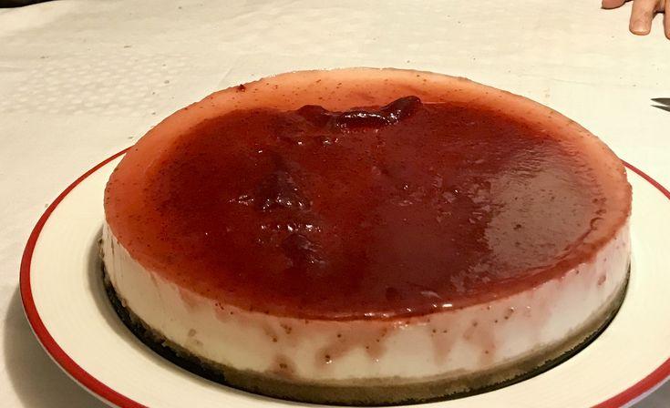 Mi primer pastel de queso con mermelada de fresa
