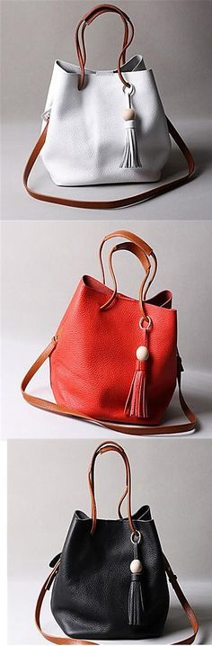 Fancy a bucket bag to combine it with your autumn outfits? Get your preferred color by clicking!