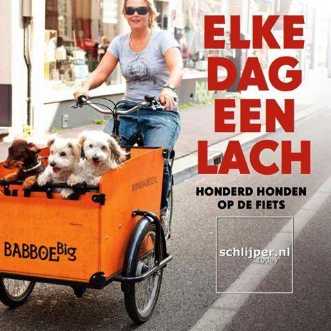 Covergirl met honden op bakfiets