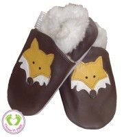 Image issue du site Web http://www.eco-bebe.com/6479-home/chaussons-cuirs-souple-bebe-fourre-loup.jpg
