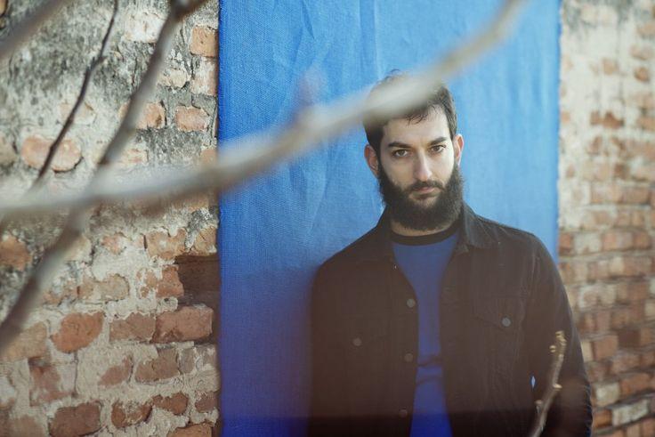 Vasco Brondi, etnico italiano, ecco il nuovo disco 'Terra'