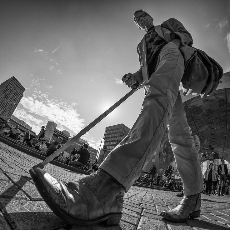 Willem Jonkers - Low angle 8mm photography More
