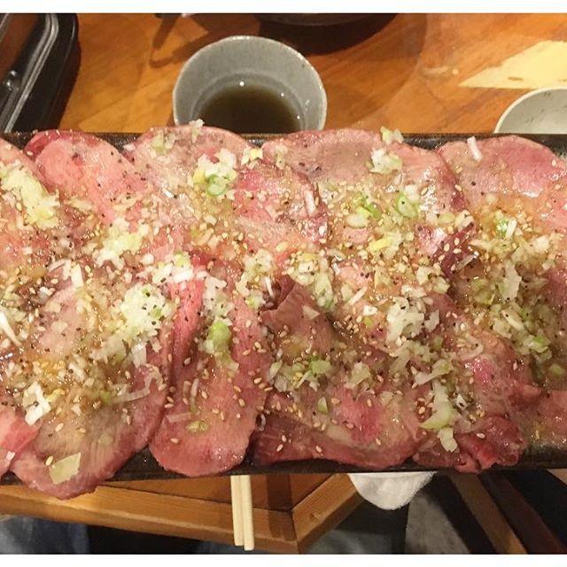 おらがち🍖  Japanese Meat photo 🥓📸 👅 #madeinjapan#fashion#foodstagram#food#foodporn#tokyo #幡ヶ谷#焼肉#ファッション#コーデ#おしゃれ#オシャレ#写真好きな人と繋がりたい#お洒落さんと繋がりたい#写真撮ってる人と繋がりたい#ファインダー越しの私の世界#写真#カメラ#空#海#木曜日#お気に入り#晩ごはん#居酒屋#肉 #먹스타그램#맛스타그램#셀카 #silverdollarcraft