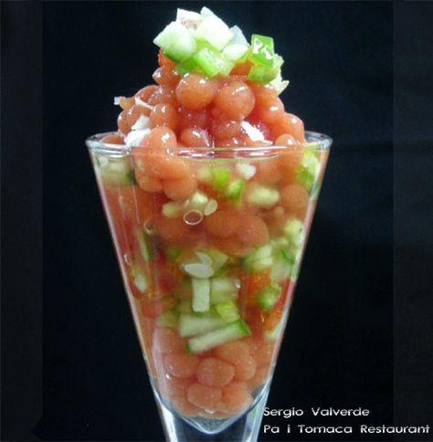 Falso cuscús de gazpacho andaluz con perlas de tomate texturizado