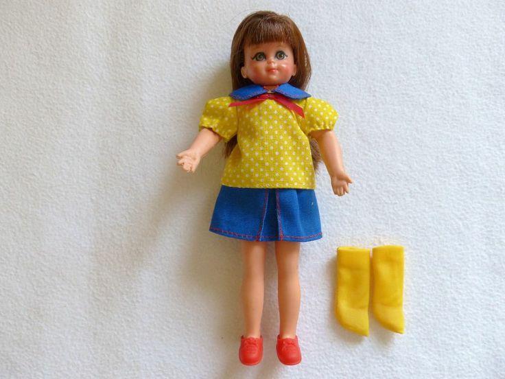 """European Chris doll in """"Im Kindergarten"""" fashion"""