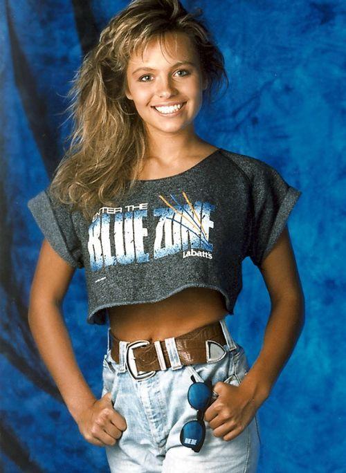 21-летняя Памела Андерсон,1989 г.