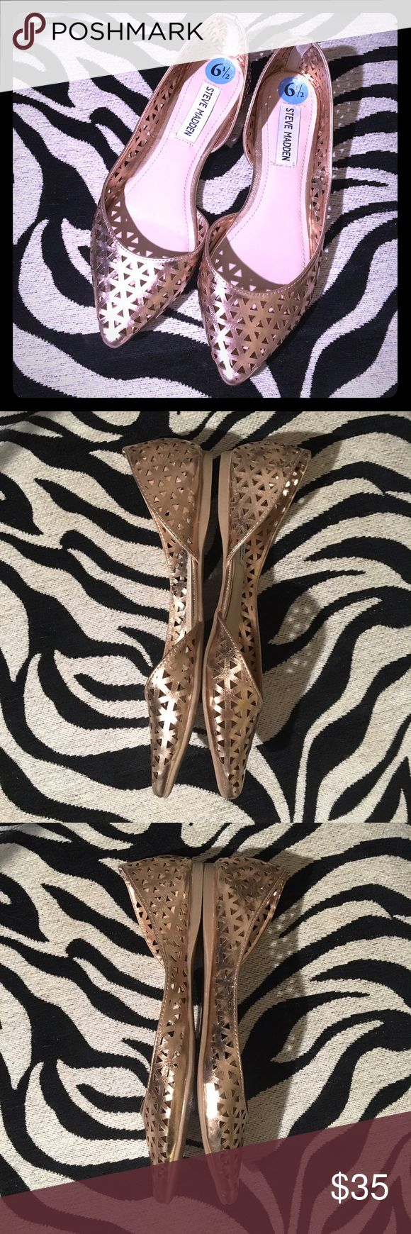 Summer Ready Gold Steve Madden Flats Gorgeous pointed toe gold tone flats from Steve Madden. Geometric triangular cutout pattern is so cute and perfect for spring and summer! In like new condition!  Only worn once. Steve Madden Shoes Flats & Loafers
