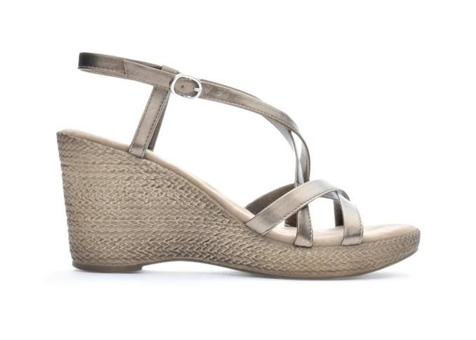 Women's Italian Shoemakers Enya Platform Wedge Sandals Pearl Brass | Shoe Carnival