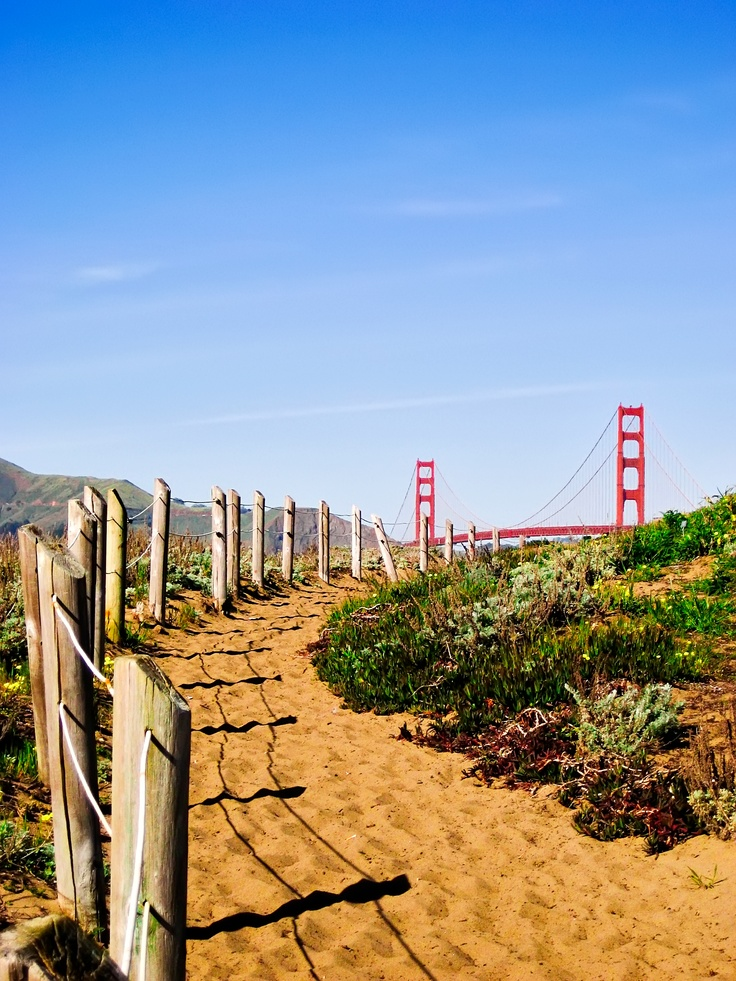 San Francisco, USA photo by Wil Lei / Frommer's Cover Photo Contest 2012 http://frm.rs/ejDojq: Beautiful Photo, Baker St., Amazing Photo, Usa Photo, Inspiration Places, Cover Photos, Covers Photo, Beaches Paths, Francisco Photo