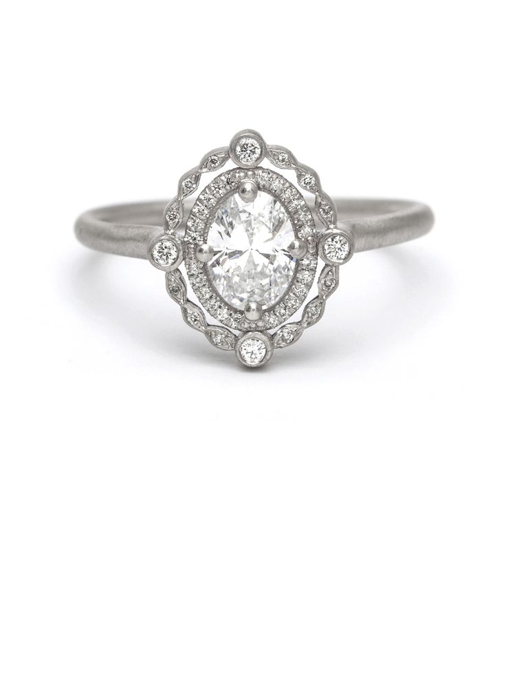 the magazine ring gallery browse through engagement rings and wedding - Engagement Ring And Wedding Band
