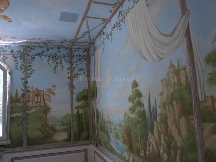 Frescoes inspired by nature can be an interesting choice to give life and light to interior spaces