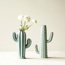 Vases en forme cactus par Design Home