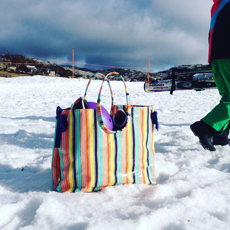❄️ 4 x goggles, masks and gloves. Plus a few snacks and goodies. Our Candy Stripe does an amazing job at the snow. #perishervalley #snow #candystripe #catherinekelly #waterproof  www.catherinekelly.com.au