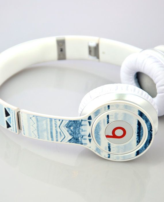 Your music taste may be the best adjective for you, but when wearing headphones, how can you express what can't be heard? Simple. Grab these custom skin headphones, which also make a great outfit accessory