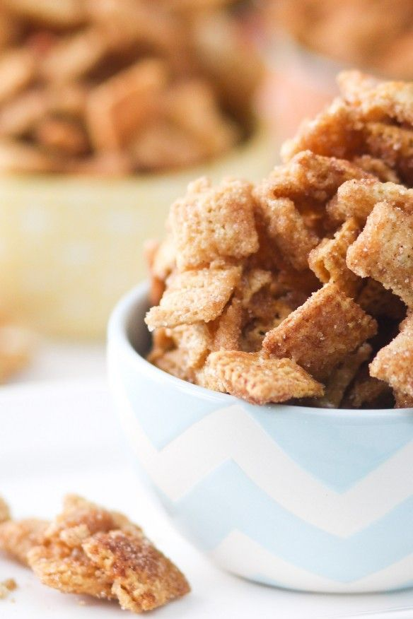 This Caramel Churro Chex Mix is crunchy, cinnamon-sugarey, and completely addictive! Click through for recipe!
