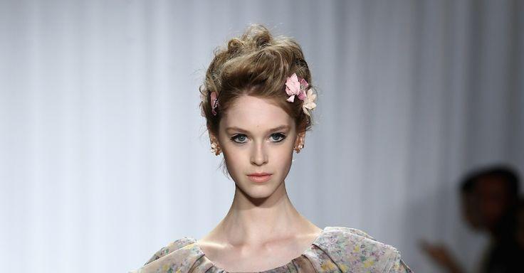 Inspiração para noivas: veja seleção de penteados românticos das passarelas de NY - Casamento - UOL Mulher