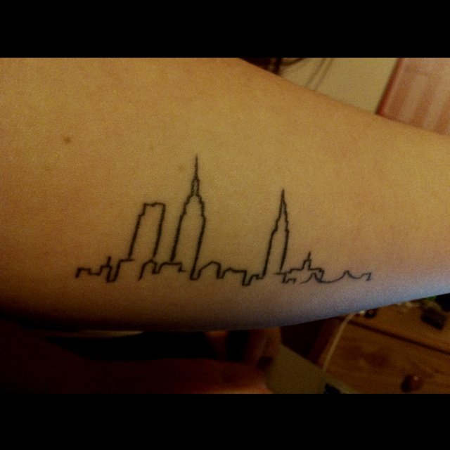 love my new york skyline tattoo inner forearm new york tattoo pinterest new york love. Black Bedroom Furniture Sets. Home Design Ideas