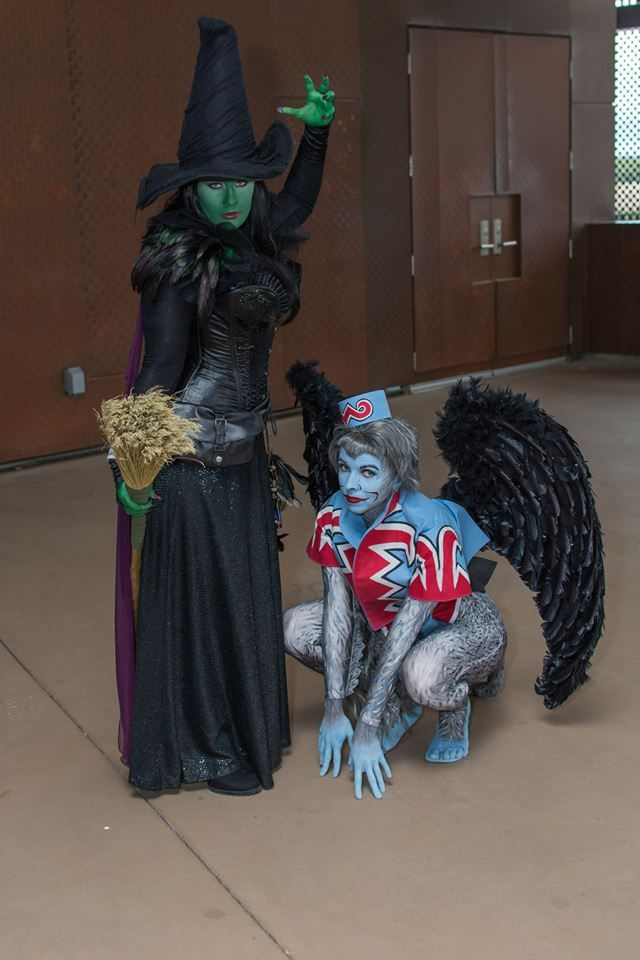 Wicked Witch and Flying Monkey at Dallas Fan Days 2013
