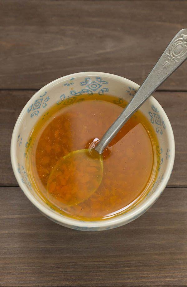 No cabe duda de que las salsas juegan un papel principal en todos los platos de la gastronomía china. La salsa agridulce, que mezcla los sabores ácidos y dulces, está presente en muchísimos platos chi