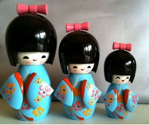 wonderful collectibles Japanese Kokeshi 3Pcs blue wooden dolls