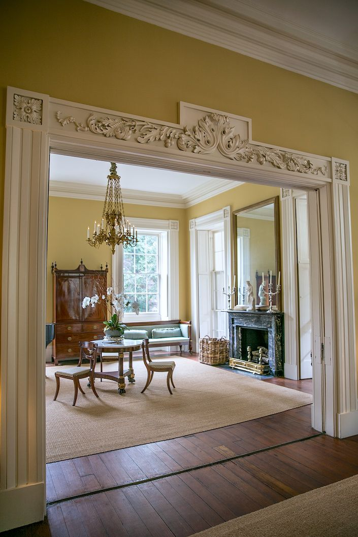 Best 25 parlor room ideas on pinterest small sitting for Parlor or living room