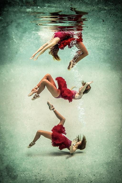 Love shooting underwater ballet