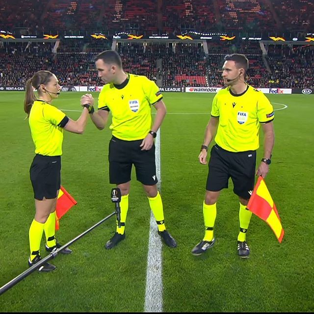 Sian Massey-Ellis made her debut in a men's European club competition. Love the appointment. Big moment and she can be a p… | Football referee, Referee, Role models