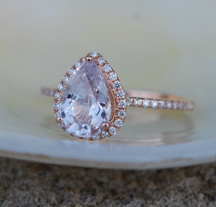 »Engagement #Ring Peach champagne #Sapphire #Engagement Ring 14k Rose #Gold 1.95ct, Pear Peach Sapphire #Ring. #Engagement #ring by #Eidelprecious« #wedding #weddinginspiration