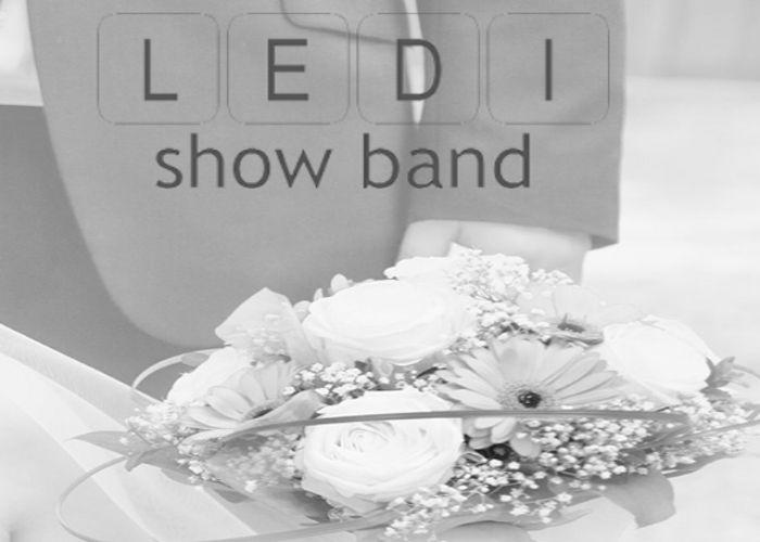 Show Band L.E.D.I Show Band L.E.D.I und Moderation aus Dingolfing in Bayern