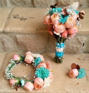 Custom made flower crown - turquoise and coral.