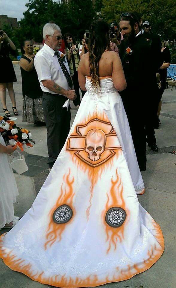 Cute Harley Wedding Gown Harley Davidson Wedding Motorcycle