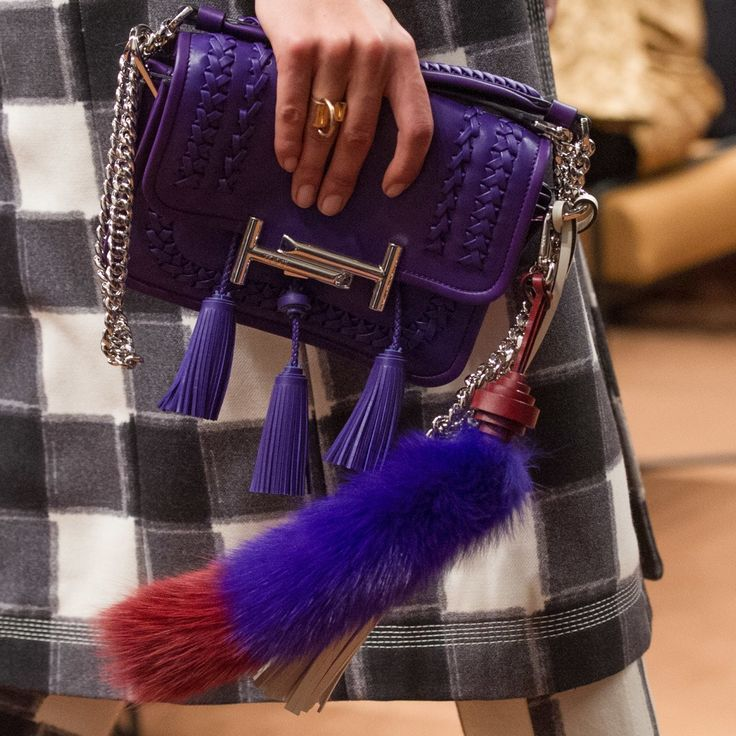 Tod's Fall 2016 Ready-to-Wear Fashion Show Details