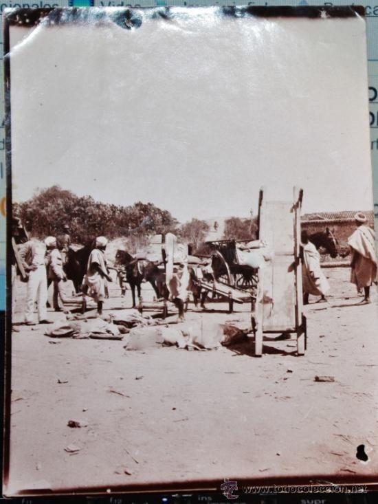 FOTO INEDITA DE LA GUERRA DE AFRICA,MILITARES ESPAÑOLES CON MOROS MUERTOS,LAS FOTOS LAS HE RETOCADO - Foto 1