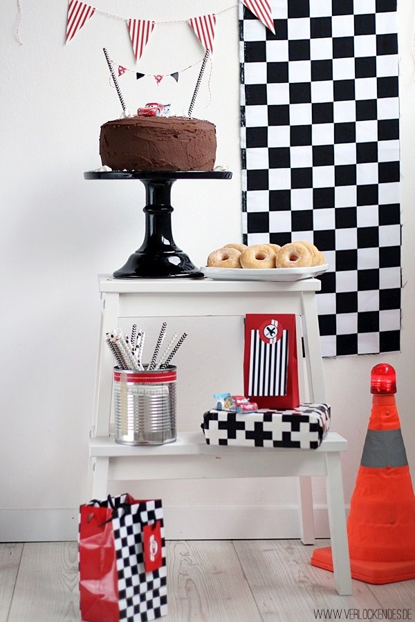 Verlockendes...: Racing Mini Sweet Table (auch für Cars Fans!)