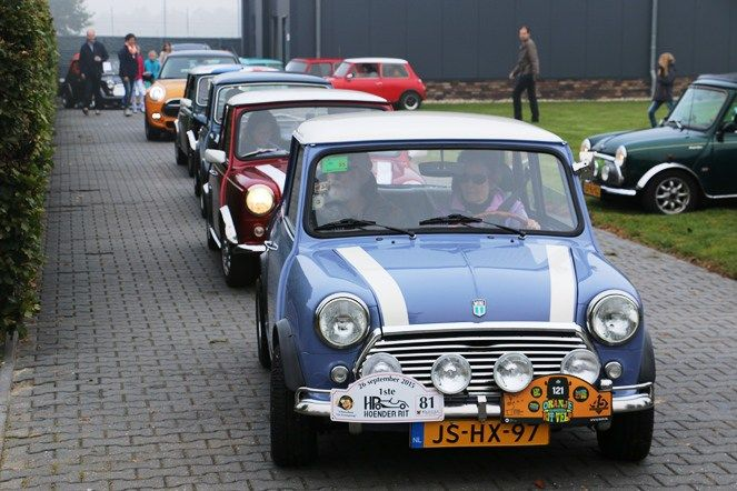 Mini Cooper Toertocht op zondag 8 oktober vanuit Klazienaveen