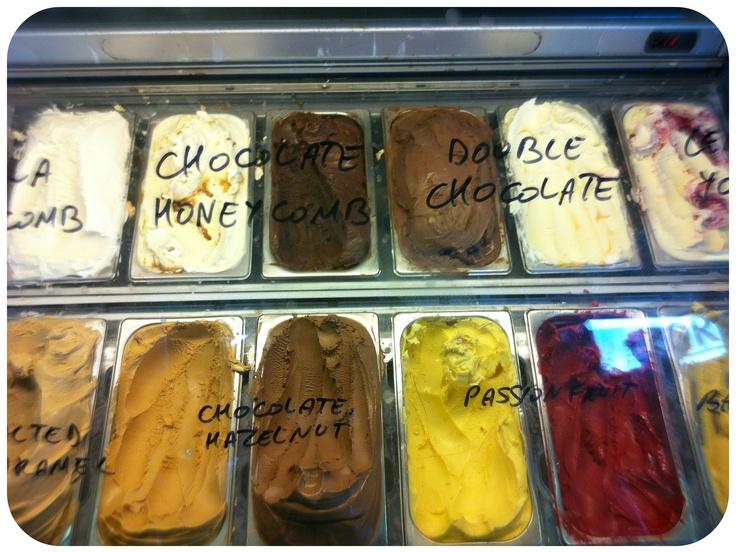 The Ice Cream Scoop: Takapuna Beach Cafe & Store