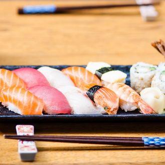 Tsuru-sushi