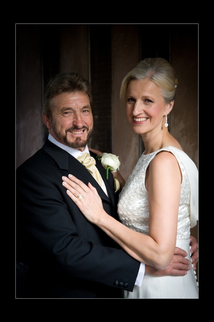 budget wedding photography west midlands%0A Coventry Registry Office