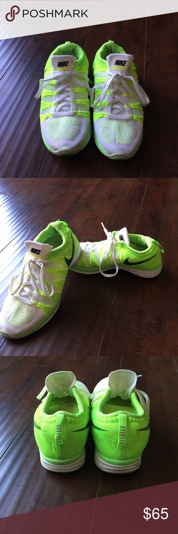 Nike Women's athletic shoe Nike Women's Lunarlon white with like green Shoes Athletic Shoes