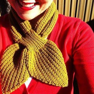 Anthro-Inspired Scarflet  http://www.ravelry.com/patterns/library/anthro-inspired-scarflet
