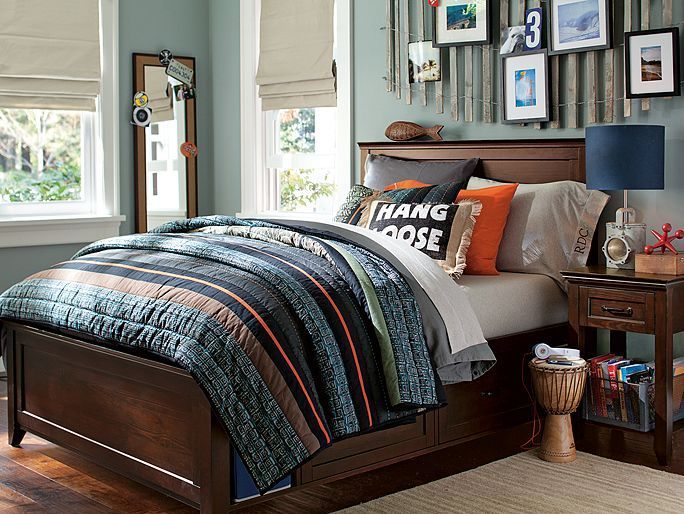 I love the PBteen Hampton Maddox Surf Bedroom on pbteen