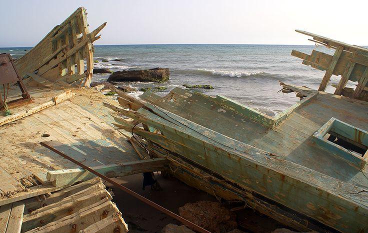 El naufragio del Santa Isabel (foto de Giovanni) http://bluscus.es/blog/el-naufragio-del-santa-isabel/