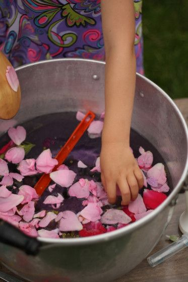fairy soup - happy hooligans - outdoor sensory activities for kids #fairyforest