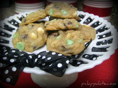 Mint chocolate, Chocolate and Chocolate chips on Pinterest