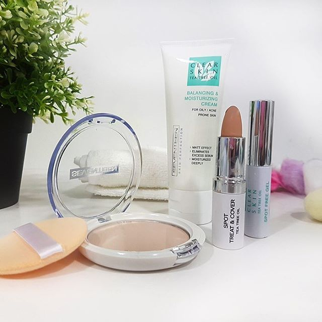 Treat you oily skin with the best products. Clear skin collection treats the acne prone skin with the help of Tea Tree Oil!  #seventeencosmetics #skinperfection #skincare #pampering #theartofbeauty