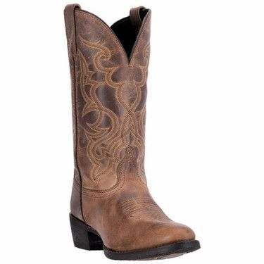 The tan leather and detail stitching cultivate an air of effortless beauty. The R toe, which is a tapered round shape, and the cowboy heel upgrade the style. This rich tan cowgirl boot is a must have