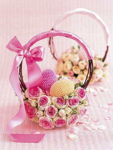 DIY::Bed of Roses Basket