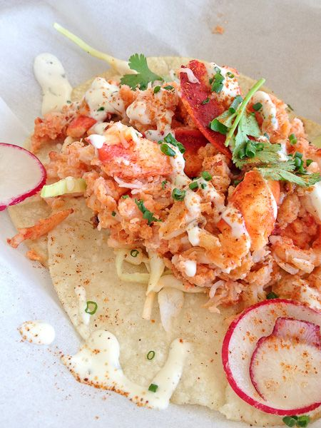Lobster tacos scream #summer