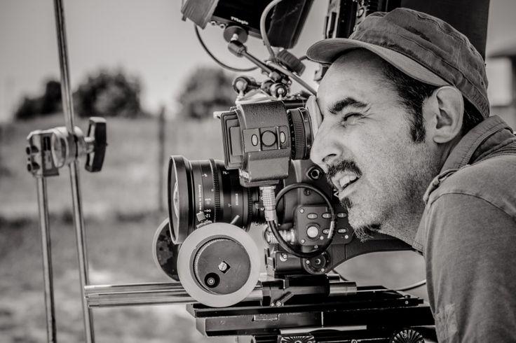 PAOLO ZUCCA, regista che ha conquistato il grande pubblico con il film L'ARBITRO, tratto dal cortometraggio omonimo vincitore nel 2009 del prestigioso David di Donatello. A lui sono dedicati i deliziosi MIGNON del nostro Testimonial Andrea Zinno.   http://www.pecorinosardo.it/mignon-di-frolla-al-pecorino-sardo-maturo-con-broccolo-romanesco-ripassato-mousse-al-pecorino-sardo-dolce-noci-tostate-e-cialda-di-pomodoro-by-andrea-zinno/