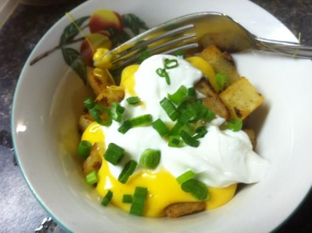 copycat recipe for Taco Bell's cheesy fiesta potatoes -- must try it. I'm addicted to those things.